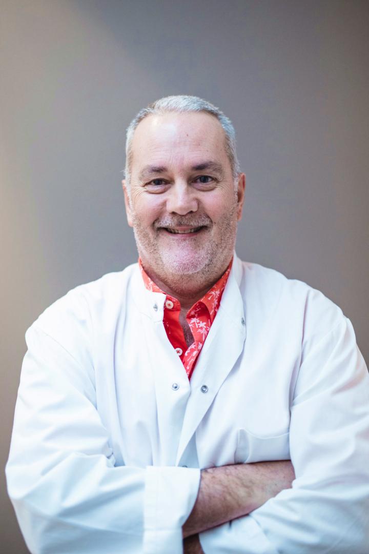 Dr. Stéphane Kirchner